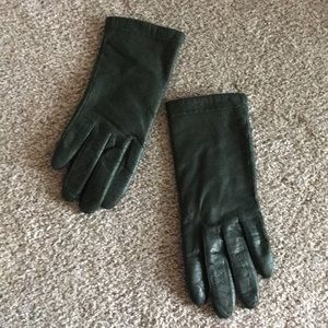 FOWNES  Driving Gloves  Green  Size 71/2